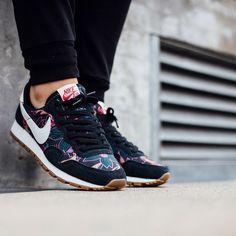 89ec0fd641 Instagram post by Titolo Sneaker Boutique • Aug 16