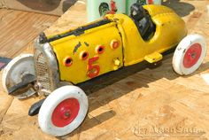 Cast iron diecast race car with driver circa 40's - LOCATION: Beaver Lick, KY, 5mi south of Union, KY on Highway 127.