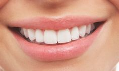 Ayurvedic oil pulling for whiter teeth can transform your oral health and give you a beautiful smile. Read on to find out the benefits of oil pulling. Teeth Whitening Remedies, Charcoal Teeth Whitening, Natural Teeth Whitening, Whitening Kit, Crest Whitening, Perfect Teeth, Good Teeth, Tooth Sensitivity, Teeth Bleaching