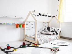 Welcome to Silver Elk! We are highly skilled carpenters and enthusiastic handmaders from Poland. We work as a team to serve you our best quality products and make sure your little ones will be happy. PRODUCT DESCRIPTION: HouseBed in Montessori Style is made from first class PINE WOOD.