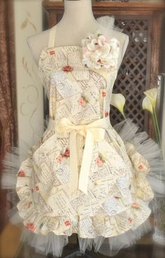 Paris Postale Print Princess Apron w/tulle and Rhinestones Large removable Rose Princess Aprons, Brides Cake, Cute Aprons, Sewing Aprons, Aprons Vintage, Shabby, Retro, Tulle, Fancy