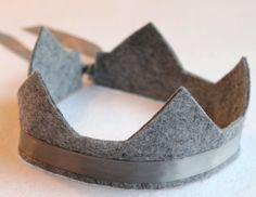 20% wool blend arwen circlet crown with adjustable ribbon tie. pretend, play, party. via Etsy.