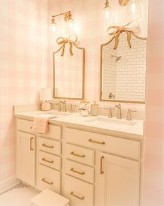 Bathroom Inspiration girls bathroom inspiration Laminate Flooring Installation Guidelines The Beauty Boutique Interior, Home Interior, Bathroom Interior, Interior Plants, Interior Ideas, Interior Inspiration, Bathroom Kids, Small Bathroom, Girl Bathroom Ideas