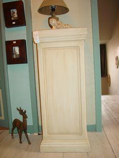 Sfeerfoto's van de winkel La Peinturette virtuele rondleiding In onze winkel kan je wegdromen en inspiratie opdoen maar je kan er ook alle producten vinden voor meubelrenovatie. www.lapeinturette.be