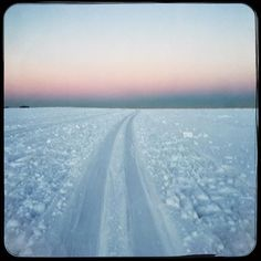 Late afternoon cross country skiing  #crosscountryskiing #soultravels #outdoorgirl #adventuregirl #wanderlust #mindful #winterwonderland #munichandthemountains