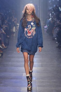 Look 5 at Vivienne Westwood #SS16 Gold Label