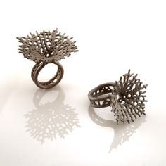 stainless steel Hyphae ring by Nervous System Like 3D printed #jewelry? Morpheus custom makes jewelry from images using 3d printing technology http://www.morphe.us.com/