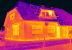 Vandaag deed Energiekeurplus een controle van isolatiewerkzaamheden in #Odoornerveen met gebruik van #thermografie.