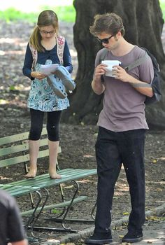 robert pattinson and ruby jerins rehearsing lines - Remember Me