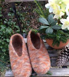 Hausschuhe & Pantoffeln - Filzhausschuhe für Männer - ein Designerstück von Lotti-Geli bei DaWanda