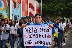 Caminhada pró-Vila Santa Isabel, feita por alunos e professores da EMEF Bartolomeu Lourenço de Gusmão (2015) Foto: Marlene Inês Kuhnen