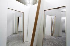 Pierre Ardouvin - La Maison Vide - installation - 2011 (Production CCC. Photo : François Fernandez).