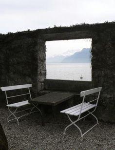 "Villa ""Le Lac"", Le Corbusier  window , cadrage"