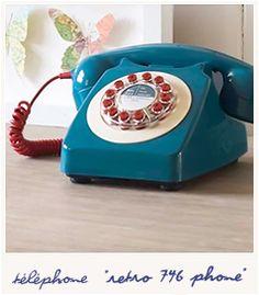 Retro 746 phone