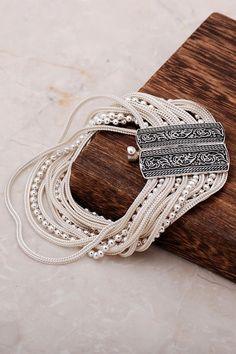 Silver Bangle Bracelets, Jewelry Bracelets, Jewelery, Silver Ornaments, Evil Eye Bracelet, Gold Hands, Handmade Silver, Metal Jewelry, Jewelry Design