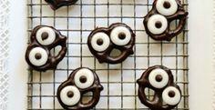 10 Spooktacular Recipes for a #Halloween #Party #Pretzel #owl #Monster