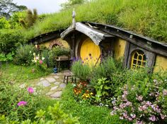 Tour #TheHobbit Set >> http://www.frontdoor.com/photos/tour-the-hobbiton-movie-set-in-matamata-new-zealand?soc=pinterest #LOTR