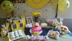 Happy face emoji birthday party