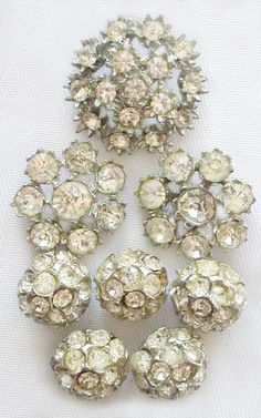 VIntage Rhinestone Button Pretties