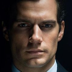 The most perfect face ever? #henrycavill #napoleonsolo #manfromuncle #ohyes