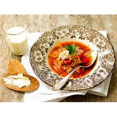 Tomaattinen minestronekeitto Thai Red Curry, Soup Recipes, Pasta, Ethnic Recipes, Soups, Food, Red Peppers, Essen, Soup