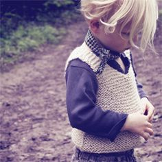 Hambro & Miller - Traditional hand knitted clothing for children