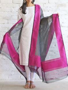 Buy Pink-Black Kora Silk Dupatta by Ekaya Online Indian Suits, Indian Attire, Indian Dresses, Indian Wear, Ethnic Fashion, Indian Fashion, Kurta Patterns, Churidar Designs, Indian Salwar Kameez