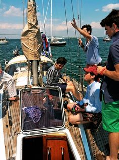 a boat. in the middle of the ocean. with good looking southern boys. Prep Boys, New England Prep, Preppy Mens Fashion, Old Money, Sail Away, Set Sail, Preppy Style, Seaside, Summertime