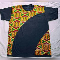 African Print tee by PageGermanyShop on Etsy Baby African Clothes, African Dresses For Kids, Latest African Fashion Dresses, African Shirts For Men, African Clothing For Men, African American Fashion, African Print Fashion, African Attire, African Wear