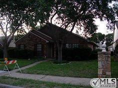 4139 David Phillips St, Dallas, TX 75227 $105,000 ALL KIT APPLIANCES REMAIN,POOL TABLE NEGO.