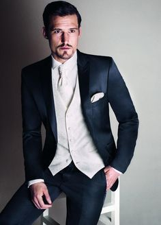 2016 white wedding tuxedos the best men's fashion wedding dress custom classic groom (tuxedo coat + pants + tie + vest)-in Suits from Men's Clothing & Accessories on Aliexpress.com   Alibaba Group