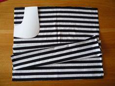 Dámské úpletové šaty s pružným pasem a kapsami | Outdoor Blanket, Sewing, Women, Fashion, Bags Sewing, Sewing Patterns, Moda, Dressmaking, Couture