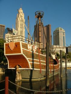 columbus ohio - Bing Images-Replica of the Santa Maria on the Scioto River..
