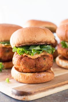 Salmon Cake Sliders with Spicy Mayo + A KitchenAid® Giveaway! - Cake 'n Knife