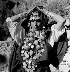 "Africa | ""Berbère des Ammeln"". Anti-Atlas. | Morocco, ca 1934 - 39 | ©Jean Besancenot"