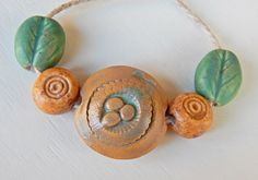 Handmade Set beads-lentil stoneware  bird's Nest . por Majoyoal