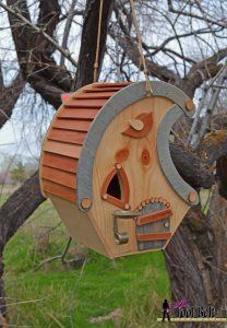 Fun activity with the kids:  whimsical cottage birdhouse pattern