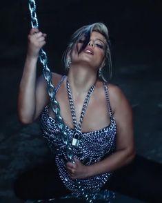 Bebe Rexha, Women Wear, Celebs, Queen, How To Wear, Inspiration, Beauty, Fashion, Female Singers