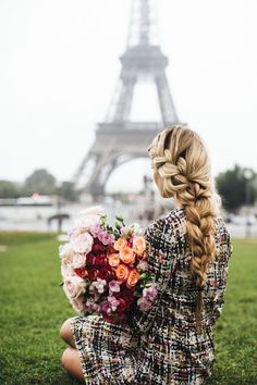 Look your absolute best with this lovely side dutch braid straight into a normal braid.