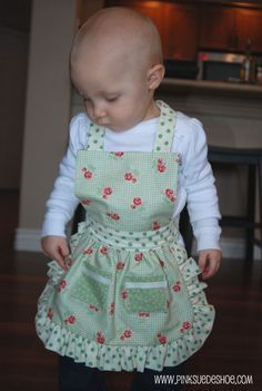 Apron - Christmas gifts for the little, little ones?