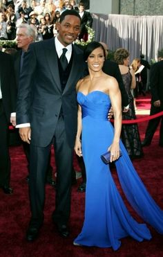 The 100 best Oscar dresses of all time : Jada Pinkett Smith in blue Roberto Cavalli at the 2006 Oscars.