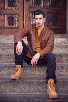 Introducing new boy in Town: here's Timothy Garkusha shot by NYC based photographers Keyntz and Dave Mendoza, with stylist Nico Dawson and Kingsley. Timberland Outfits Men, Timberland 6, Hipster Fashion, Mens Fashion, Style Fashion, Boy Outfits, Casual Outfits, Casual Clothes, Autumn Fashion 2018