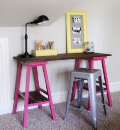 diy desk Bar stools + pine project panel from Lowes + repurposed planks (optional) + spray paint + wood stain + wood screws + time and effort nifty DIY Barstool Desk. Furniture Projects, Furniture Makeover, Home Projects, Diy Furniture, Furniture Design, Furniture Showroom, Urban Furniture, Furniture Assembly, Street Furniture
