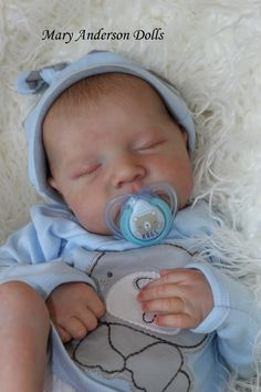 Reborn baby doll Levi Bonnie Brown reborned by Mary Anderson Dolls Baby Dolls For Sale, Life Like Baby Dolls, Real Baby Dolls, Realistic Baby Dolls, Bb Reborn, Reborn Baby Boy Dolls, Newborn Baby Dolls, Silicone Baby Dolls, Silicone Reborn Babies