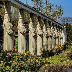 #alley of the #caryatids in #herastrau #park #bucharest #romania #bucuresti ##statue #igersbucharest #ig_romania #ig_romania