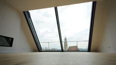 """Mit diesem System eröffnen sich neue Größendimensionen bei Dachflächenfenstern. Der Horizont erscheint noch näher und eine von Rahmenelementen geradezu störungsfreie Aussicht, wird Wirklichkeit.  """"Epochal, unglaublich, fantastisch!"""" sind die Aussagen unserer Kunden.  Unsere Berater zeigen Ihnen gerne die vielfältigen Möglichkeiten. Carports, Aluminium, Windows, House, Ideas, Porch Roof, Home, Haus, Thoughts"""