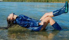 Miss 2014 et vingtième Miss Cireine Blue Raincoat, Pvc Raincoat, Raincoat Jacket, Rain Jacket, Pictures Of People, Helly Hansen, Rain Wear, Greatest Hits, Girl Photos