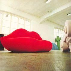 "The ""Bocca"" (mouth) sofa. By Gufram (1971)."