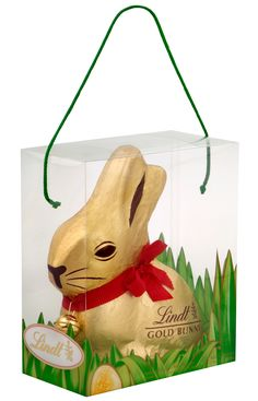 Our deliciously indulgent milk chocolate Lindt Bunny is the ultimate gift this Easter; perfect for sharing with friends and family. Chocolate Lindt, Chocolate World, Easter Chocolate, Chocolate Lovers, Hoppy Easter, Easter Gift, Easter Bunny, Easter Eggs, Chocolates