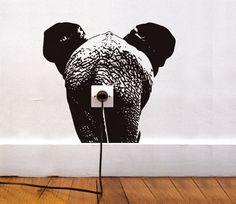 Vinilo elefante, ideas para decorar enchufes con #vinilos decorativos. http://imaginashop.com/es/7-vinilos-decorativos